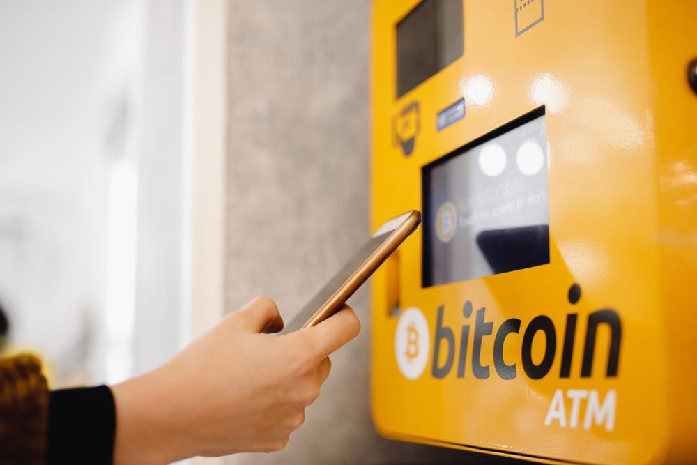 Crypto Parrot – BITCOIN ATM