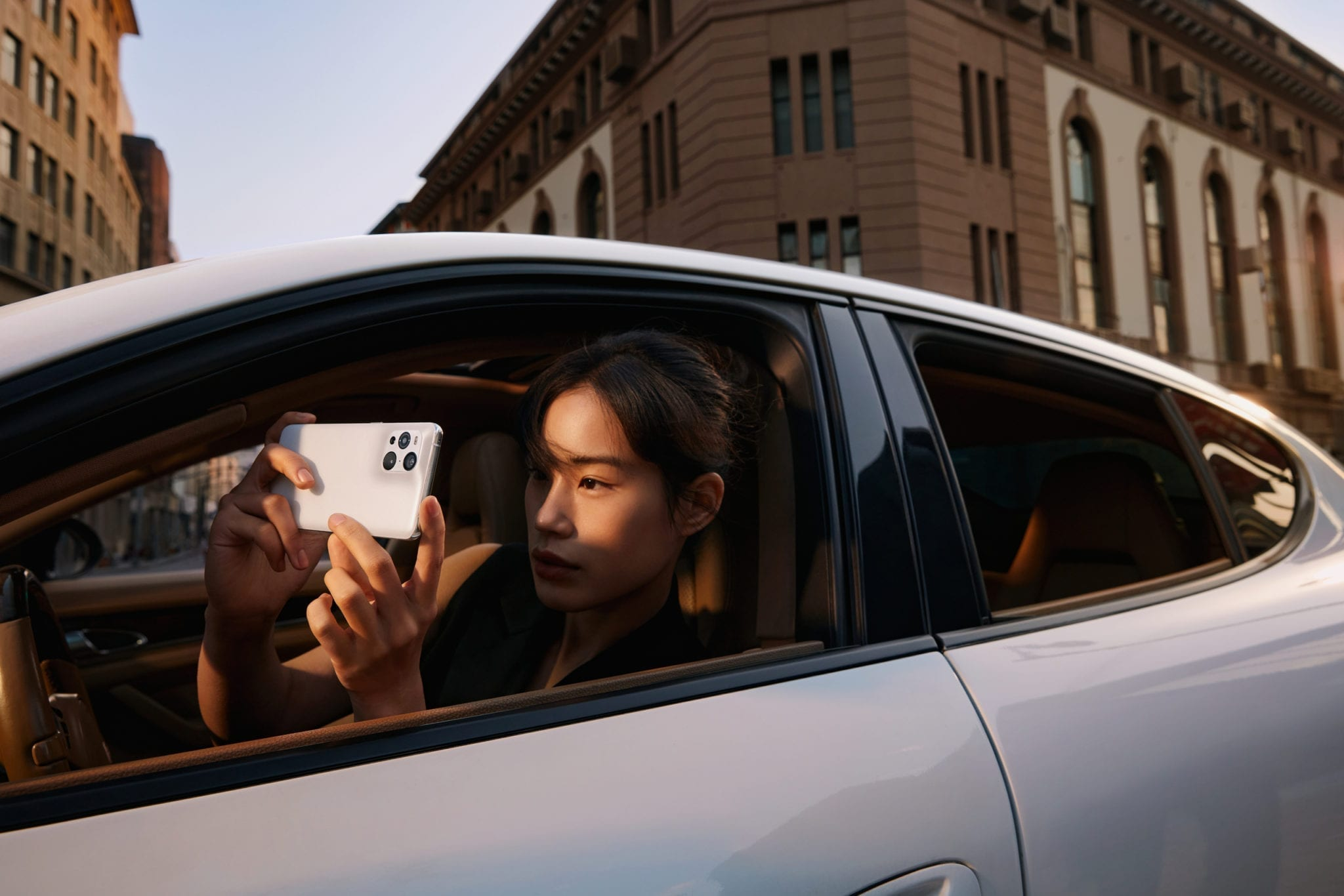 OPPO LAUNCHES FIND X3 SERIES WITH TRAIL-BLAZING CAMERA AND DISPLAY TECHNOLOGY